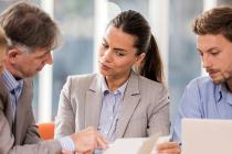 Quelles différences entre un agent contractuel et un fonctionnaire ?
