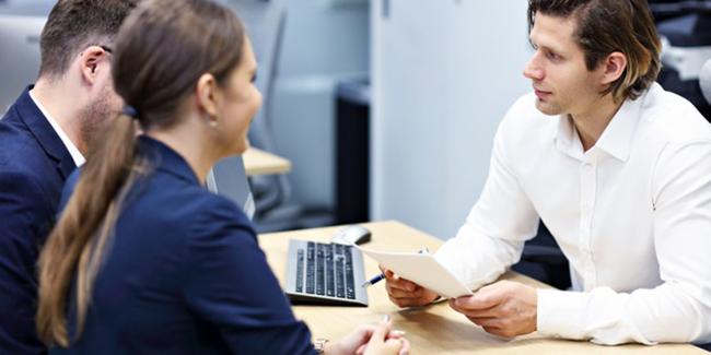 Fonctionnaire : Top 10 des meilleurs établissements pour un rachat de crédit